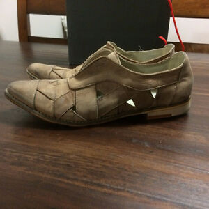 New Women's Free People Shoes Real Leather size 10 (41) Gatineau Ottawa / Gatineau Area image 1