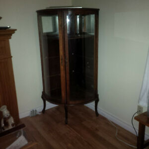 Round corner china cabinet Kitchener / Waterloo Kitchener Area image 1