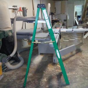 Ladder 6 feet.