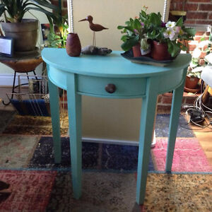 Georgeous turquoise accent table w/ ammonite drawer pull