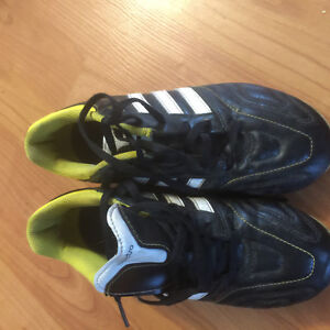 Adidas soccer shoes size 3