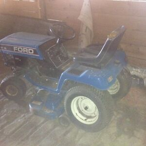 16 HP Ford Lawn Tractor