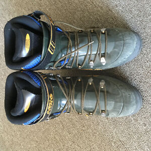 Asolo AFS Guide Mountaineering Boots