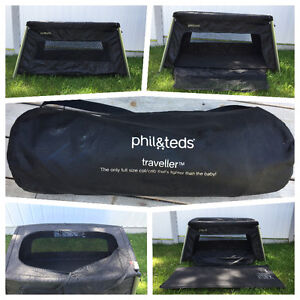 Phil & Ted's Traveller (travel bed / play pen)