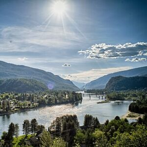 Looking for 2 bedroom rental in Castlegar area