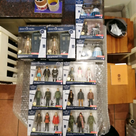 Dr Who - Doctor Who Collector Figure Set / Dalek / Tardis