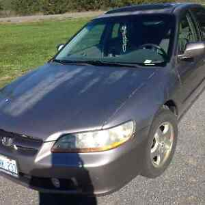 2000 Honda Accord Sedan Belleville Belleville Area image 1