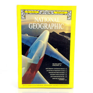 August 1977 National Geographic Magazine Single Issue The Air