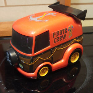 Scooby Doo Pirate Crew Mystery Machine Pull Back Van 5 Inches