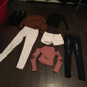 ASSORTED NEW FASHION NOVA CLOTHES SIZE MED AND SMALL $10 AND UP