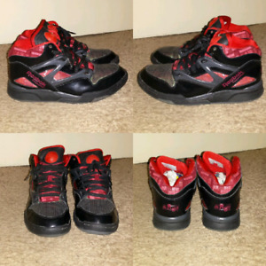 Reebok hexalite pump shoes ( size 9.5 mens )