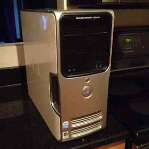 dell dimension e520 desktop tower w/keyboard and mouse