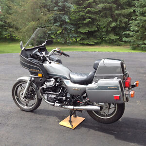 Awesome Honda GL650 Silverwing Interstate.  Must see!