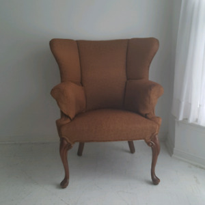 Vintage Wing back chair VGUC
