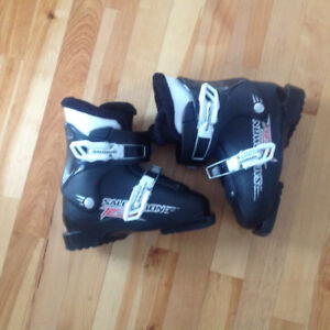 salomon kids boots