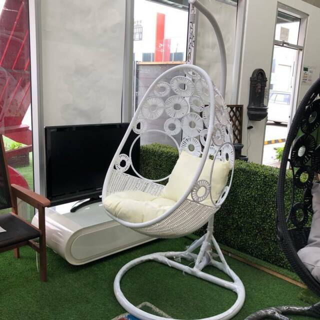 Floral Egg Swing Chair White Basket With Cream Cushion Other Furniture Gumtree Australia Melton Area Truganina 1253046016