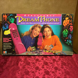 Dream Phone Electronic Board Game