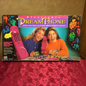 Dream Phone Electronic Board Game