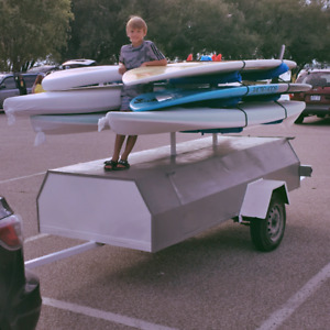 Trailer for windsurfers/paddleboards