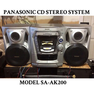 PANASONIC CD STEREO SYSTEM WITH MATCHING SPEAKERS FOR SALE!