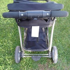 Jogging Stroller Cambridge Kitchener Area image 2