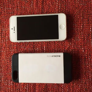 Iphone 5 unlocked 16gb case charger