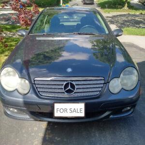 2005 Mercedes-Benz C-Class Sport 1.8L Kompressor Coupe (2 door)