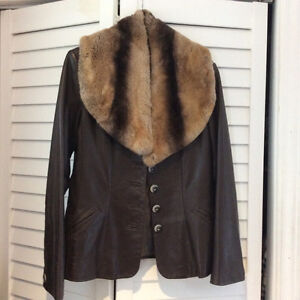 Danier fitted leather jacket Cambridge Kitchener Area image 1
