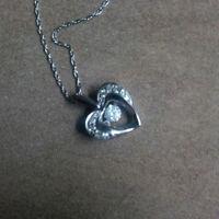 10k white gold swinging diamond necklace