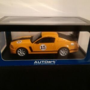 1/18 Diecast Autoart Ford Mustang.