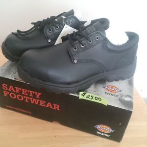 BRAND NEW DICKIES SAFETY SHOES SIZE 11