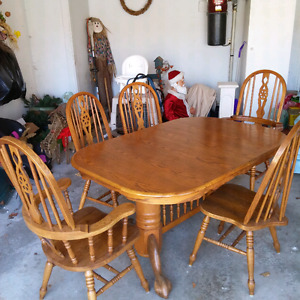 Oak Dining Room Set and Swivel Rocker