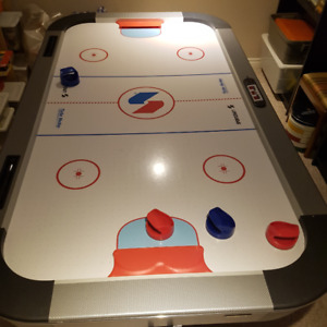 SportsCraftAir Hockey table 7' x 4'