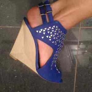 Beautiful blue summer shoes- size 6.5