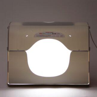 Portable Photo Studio Lighting Kit Suitable for Online Seller