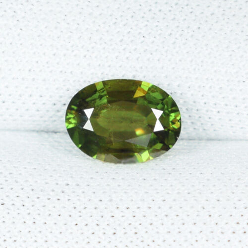 0.89 ct  ULTRA RARE YELLOW GREEN MULTI COLOR FLASHES NATURAL SPHENE Oval 6048 BC