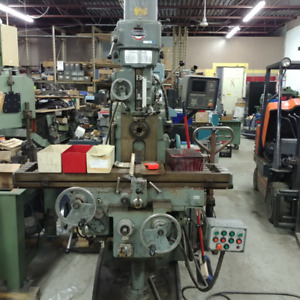 Knee Type Milling Machines (Bridgeport, Yeongchin, etc)
