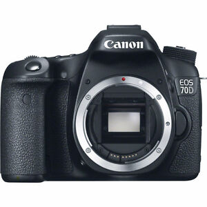 CANON 70D BODY ONLY LIKE NEW MAKE OFFER