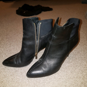 Size 10 boots from Rw