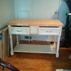 kitchen island Take it today! th Cambridge Kitchener Area image 1