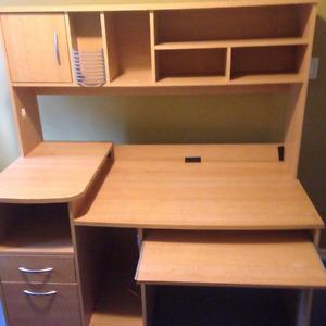 Buy Or Sell Desks In Whitehorse Furniture Kijiji