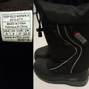 Extreme Winter boots, size 6 - Baffin Icefield