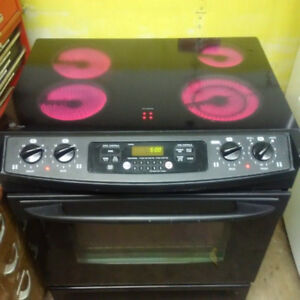 GE flat top Stove (professionally cleaned) $250.00