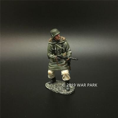 War Park 1/30 German Soldier Model with Gun KH048 World War II Figure Alloy