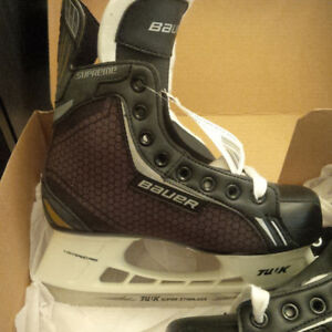 Bauer Supreme Pro 3 R Junior  Hockey Skates