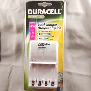 Duracell Quick Charger for AA & AAA Rechargeable Batteries