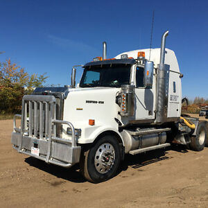 2007 Western Star, 800, 000 KM, well maintained pre-emission