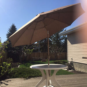 Round Deck Table and Tilting Umbrella