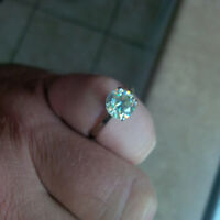 10 k white gold clear opal diamond ring