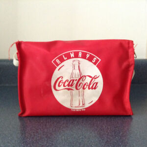 Coke collectibles - cooler bag for 6 cans